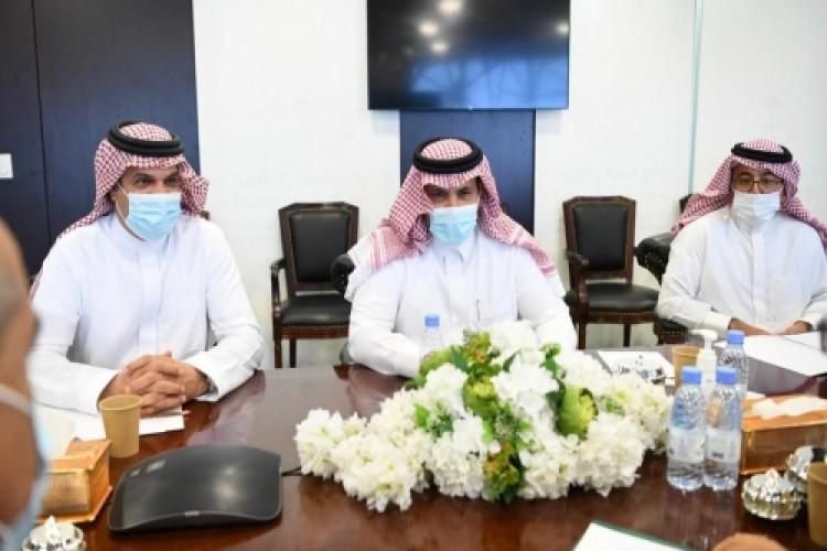 السفير السعودي آل جابر يلتقي  وفد الانتقالي في الرياض والمصفري يعلق !