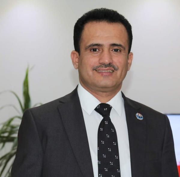 سياسي يمني  بوجه  .. رسالة هامة  الى الهاشمين في اليمن ..!؟