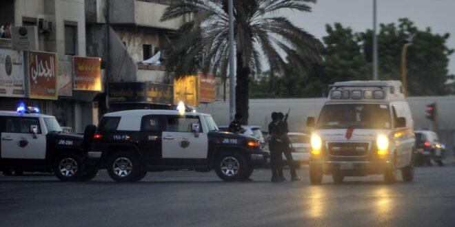 بالفيديو ..مقيمة يمنية في قبضة الشرطة السعودية !