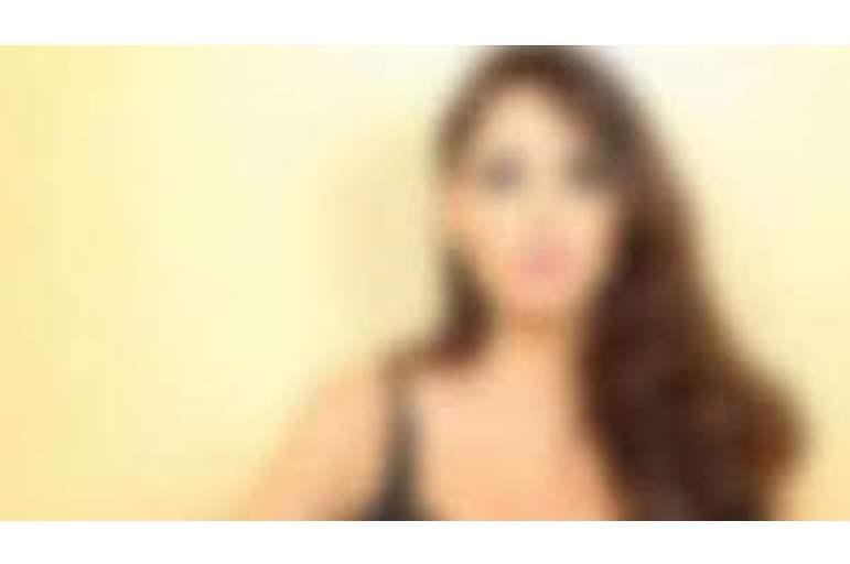 جمة مصرية مشهورة تعترف: مارست الجنس مع عشرات الشباب وكل فلوسي من الدعارة والفيديوهات الإباحية (شاهد)