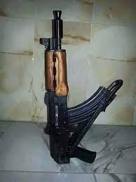 البيضاء .. أب يقتل ولده رميا بالرصاص بسبب تطاوله عليه أمام الناس !