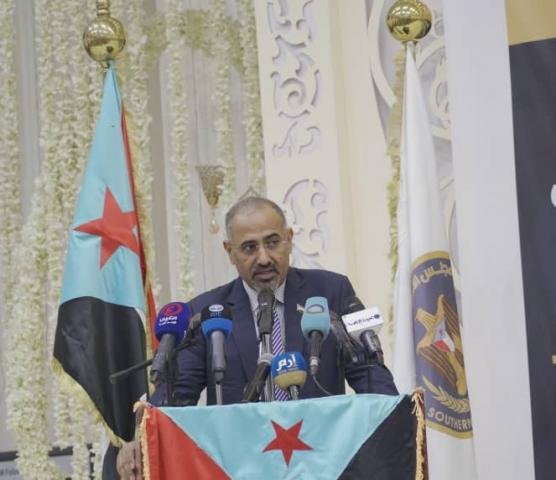 """الزبيدي بصدر قرارا بتعيين اعلامي بارز سكرتيرا له """"الاسم"""""""