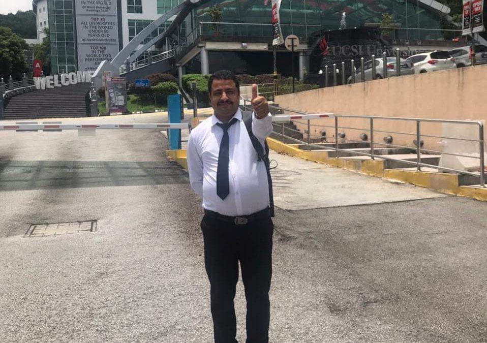 الماجستير للصيدلاني عبدالعليم الصبري من جامعة (UCSI) الماليزية