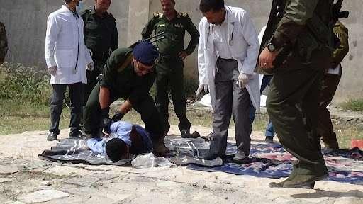 بالفيديو .. لحظة تنفيذ حكم الادام في قتلة الشهيد الأعبري